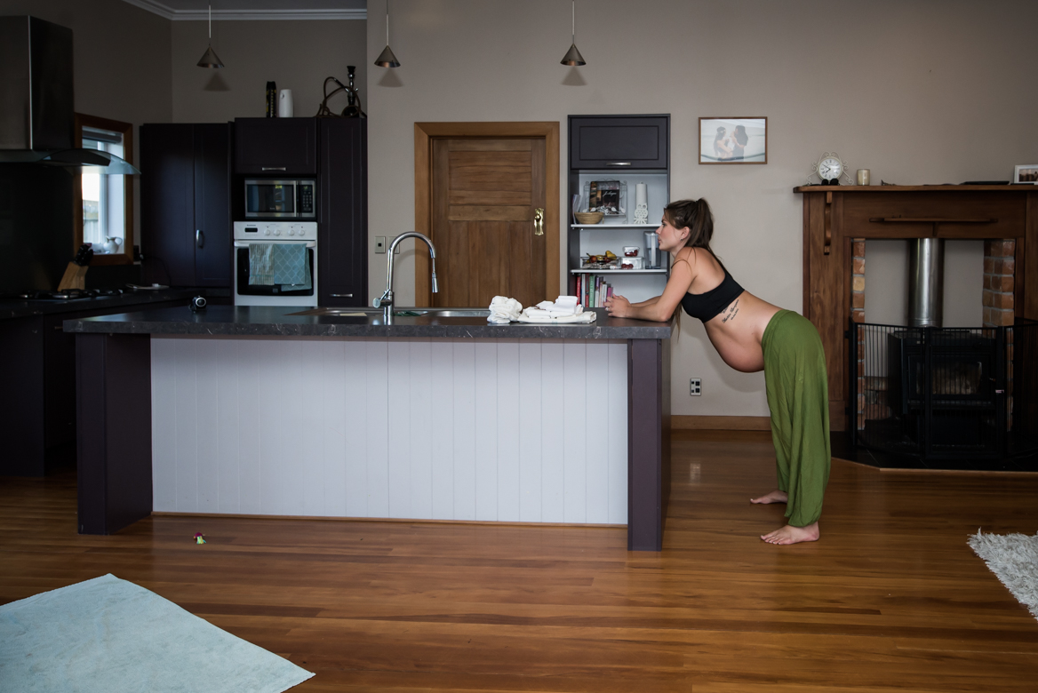 Capturing Life: The Incredible Birth Photography of Cassie Emmett
