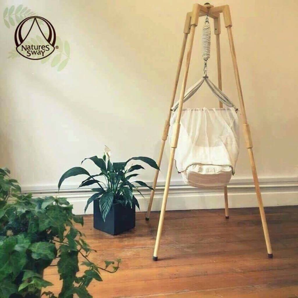 natures-sway-hammock-n-wooden-stand-lg-web
